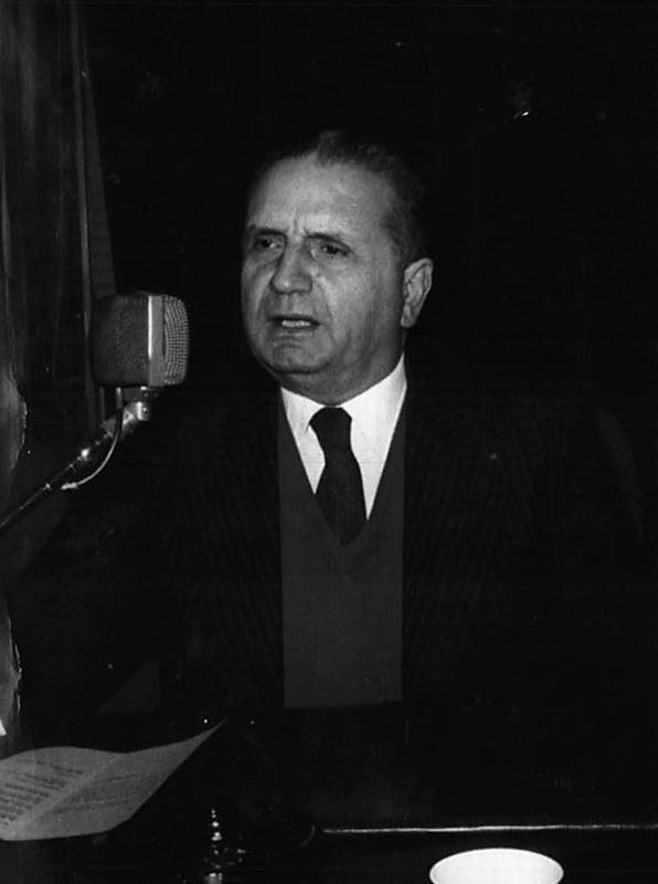 Rocco Chinnici a été à l'origine du pool antimafia de Palerme. C'était un brillant magistrat qui se rendait dans les écoles et les universités pour dire aux jeunes que la mafia n'était pas une alternative aux difficultés de la vie. Chacun s'accorde à dire que le Maxi Procès (U Maxi 1986) qui a été l'un des premiers grand événement judiciaire contre Cosa nostra était la conséquence directe de son travail.