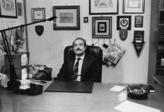 Dans son bureau blindé de Palerme (Photo Omega - Archives Courier)