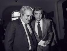 Falcone avec le chef de la police Gianni De Gennaro (ADNKRONOS photo - Archives Courier)