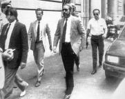 En 89 avec ses gardes du corps (AP Photo - Archives Courier)
