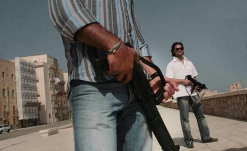 Lourdement armés, les agents d'escorte sont sous pression