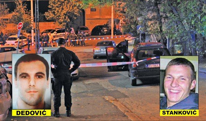 Aleksandar Stanković, et Igor Dedović, considéré comme le n°2 des Skaljarski, sont abattus dans un restaurant de la banlieue d'Athènes, devant leurs femmes et enfants